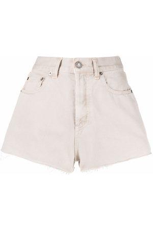 Saint Laurent Mujer Vaqueros - Pantalones vaqueros cortos con bordes sin rematar