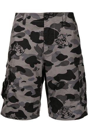 A BATHING APE® Camouflage-print cargo shorts