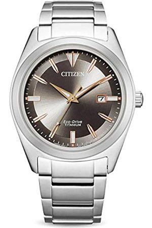 Citizen Hombre Relojes - RelojAnálogoparadelosHombresdeEco-DriveconCorreaenSuperTitanioAW1640-83E