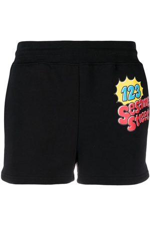 Moschino Mujer Shorts o piratas - Pantalones cortos de deporte Sesame Street©