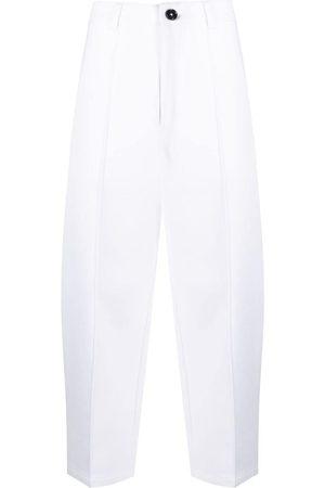 Ami Pantalones capri anchos
