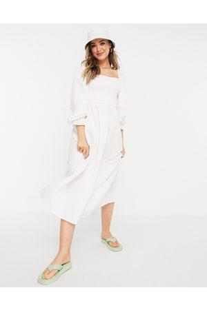 New Look Mujer Casual - Vestido midi con diseño fruncido de