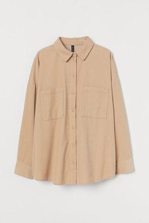 H&M Camisa oversize de pana