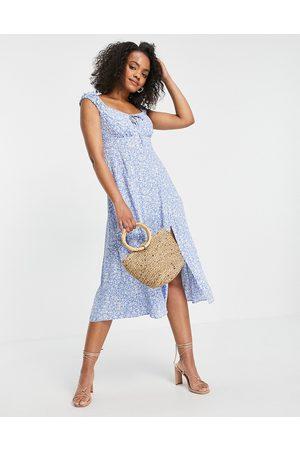 Forever New Vestido midi azul de estilo años 90 con estampado de florecitas y escote cuadrado de