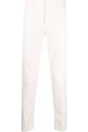 HUGO BOSS Pantalones chinos slim de talle medio