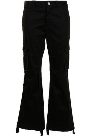 DION LEE Pantalones cargo con diseño acampanado