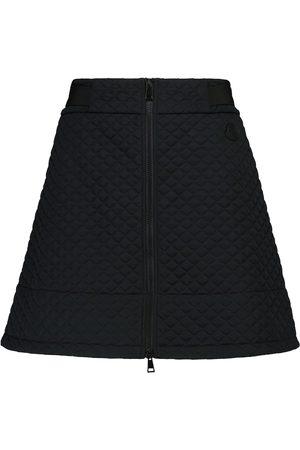 Moncler Minifalda acolchada de tiro alto