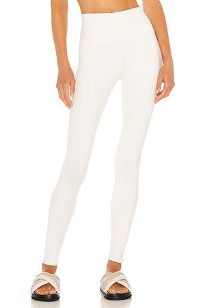 alo High waist airbrush legging en color talla L en - . Talla L (también en XS, S, M).