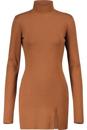 Zeynep Arcay Vestido corto de punto con abertura lateral