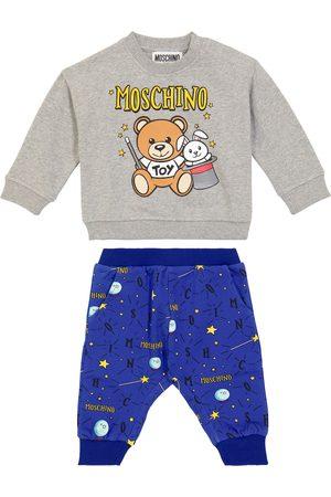 Moschino Bebé – pantalones de chándal y sudadera