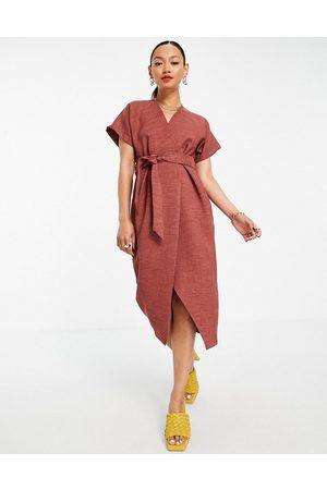 Closet Vestido midi con diseño cruzado y anudado de