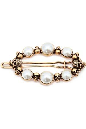 Alexander McQueen Horquilla con perlas y calaveras