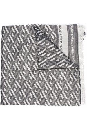 VERSACE Bufandas y Pañuelos - Fular con motivo geométrico