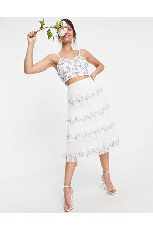 Maya Falda blanca escalonada con adornos d (parte de un conjunto)