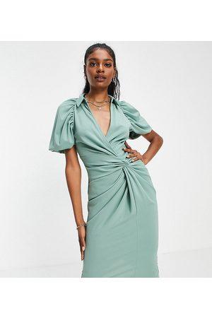 ASOS Vestido camisero midi color salvia con diseño cruzado y detalle anudado de ASOS DESIGN Tall-Verde