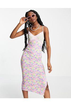 ASOS Mujer Casual - Vestido lencero midi de tirantes con ribete de encaje y estampado floral Mix & Match de -Multicolor