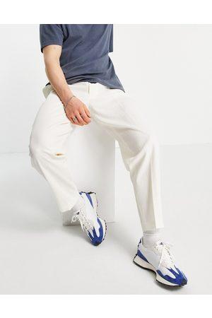 ASOS Pantalones de vestir blancos tapered con acabado arrugado de lino y algodón de