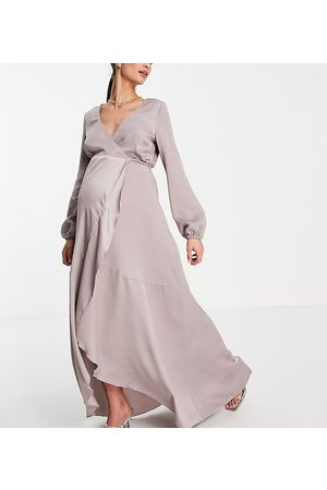 Little Mistress Vestido semilargo color con diseño cruzado de satén de