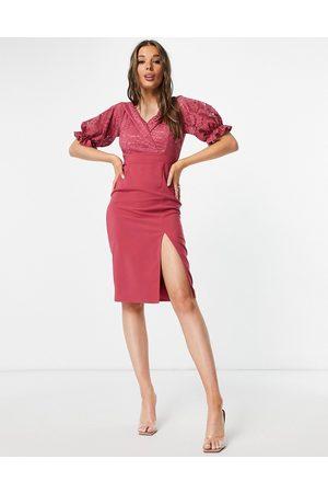 Little Mistress Vestido midi rosa con volantes de