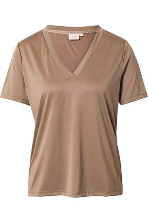 Cream Camiseta
