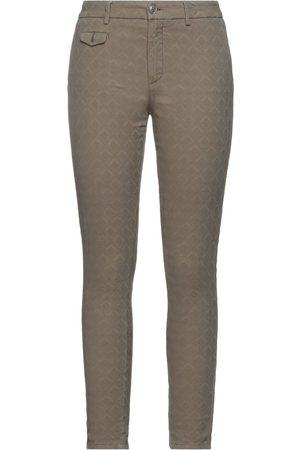 MAISON CLOCHARD Pantalones