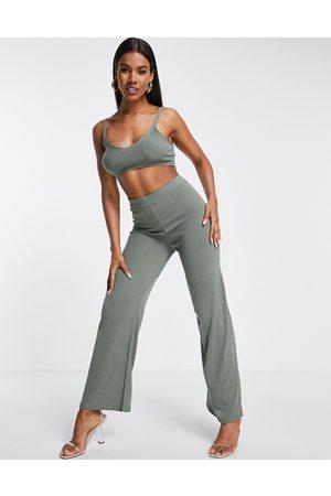 ASOS DESIGN Pantalones playeros caquis de pernera ancha de punto ligero de (parte de un conjunto)-Verde