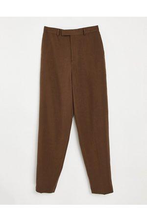 ASOS DESIGN Pantalones de vestir marrones de corte slim y talle alto de