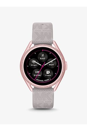 Michael Kors Reloj inteligente Access MKGO Gen 5E de goma en tono rosa con logotipo