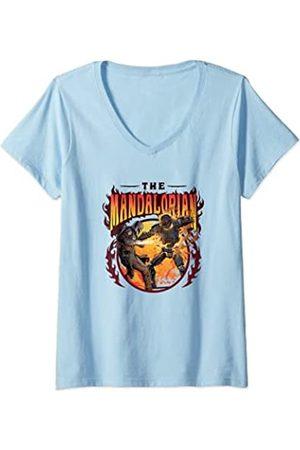 Star Wars: The Mandalorian Mujer Mando Vs. Dark Trooper Flames Camiseta Cuello V