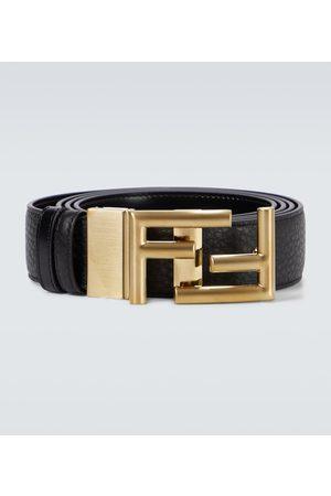 Fendi Hombre Cinturones - Cinturón de piel con hebilla FF