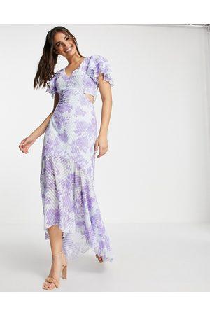 Lipsy London Vestido largo violeta escotado con aberturas y estampado floral de