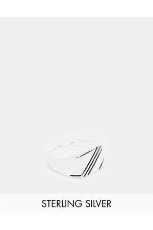 ASOS Anillo tipo sello con diseño en contraste de plata de ley de