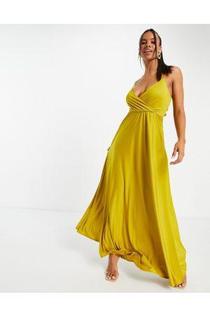 ASOS Mujer De noche - Vestido largo color mostaza de tirantes con lazada en la espalda y escote pronunciado de -Naranja