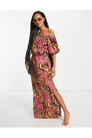ASOS DESIGN Mujer Largos - Vestido de playa largo con escote Bardot y de -Multicolor