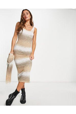 Topshop Vestido midi beis con diseño de hilos mezclados de punto de -Beis