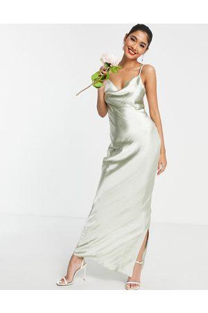 ASOS Mujer Largos - Vestido lencero de dama de honor largo color salvia de tirantes con lazada en la espalda de satén muy brillante de -Verde