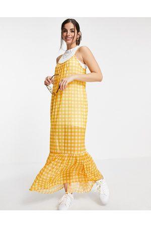 ASOS Mujer Casual - Vestido de verano largo amarillo 2 en 1 de tirantes a cuadros vichy con sobrefalda en el bajo de
