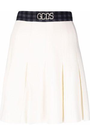 GCDS Mujer Acampanadas - Embellished logo-waistband skirt