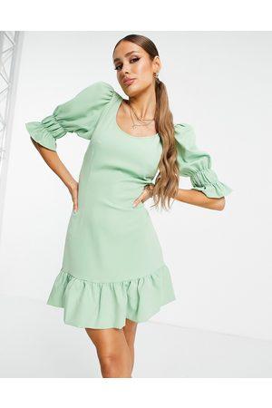 NA-KD Mujer De noche - Vestido corto verde polvoriento con abertura lateral y mangas voluminosas de