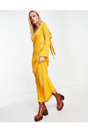 Topshop Mujer Midi - Vestido midi color plisado Premium de -Amarillo