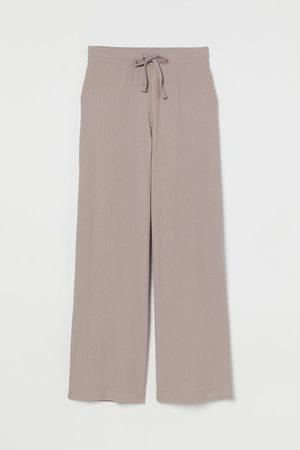 H & M Pantalón de canalé