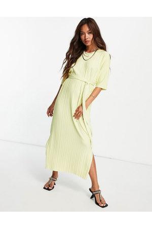 SELECTED Vestido midi plisado estilo camiseta con aberturas laterales de Femme