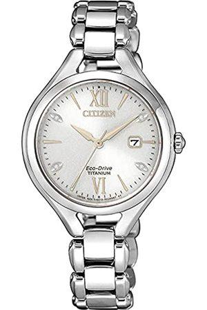 Citizen Reloj Analógico para Mujer de Eco-Drive con Correa en Super Titanio EW2560-86A