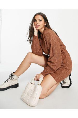Glamorous Mujer De manga larga - Vestido corto marrón estilo jersey de manga larga con cintura anudada de