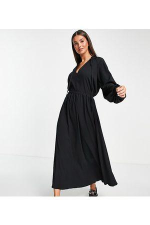 ASOS Vestido midi de corte amplio con cordón ajustable y acabado texturizado de ASOS DESIGN Tall