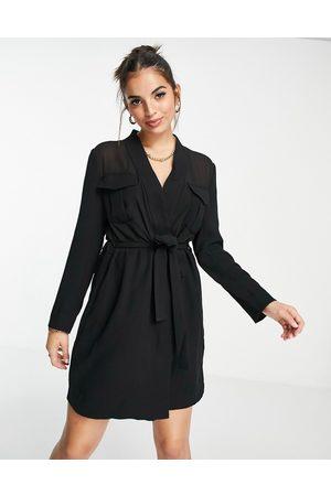 French Connection Vestido estilo americana con lazada en la cintura de tejido semitransparente de (parte de un conjunto)