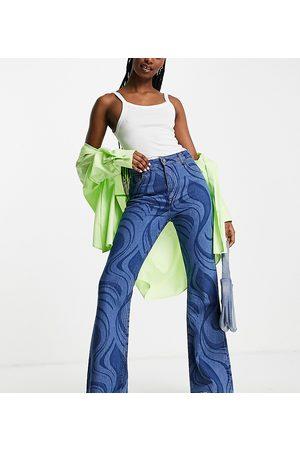Reclaimed Pantalones de campana amplia estilo año 86' con estampado marmoleado de Inspired-Azul