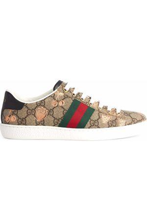 Gucci Mujer Zapatillas deportivas - Zapatillas Ace con fruto estampado