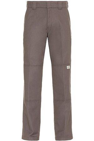 Dickies Pantalón flat front double knee en color talla 28 en - Grey. Talla 28 (también en 30, 32, 34, 36).