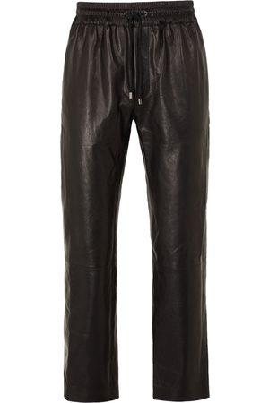 8 Pantalones